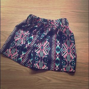 ADORABLE NEW Girls 5T shorts.